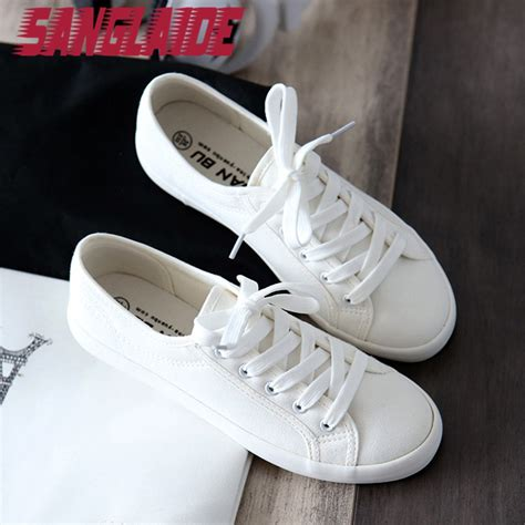 Sepatu Sneakers Casual Flat Pria 656 01 sanglaide 2016 new autumn summer solid color low canvas white casual brand flat shoes