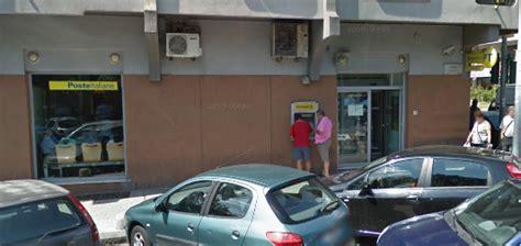 ufficio postale prima porta colpo in posta malvivente porta via poco pi 249 di 500