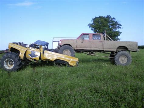 Ford Vs. Chevy Sayings   FORD Vs CHEVY Tug of War   Ford