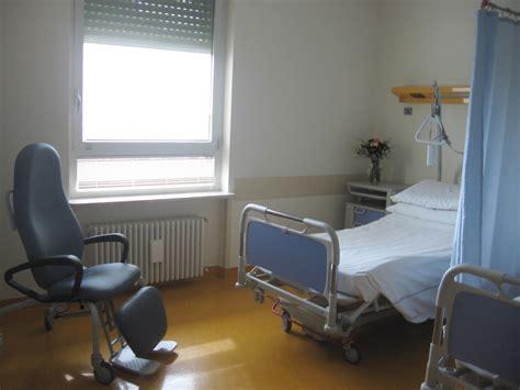 sfrenato a letto la coppia fa sfrenato in ospedale giornalettismo