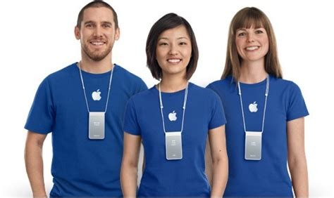apple employee apple increases work scheduling commitments for retail