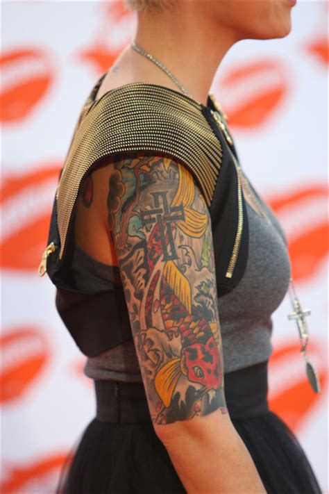 ruby rose new tattoo lighvaverreo ruby tattoos