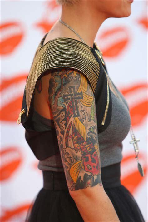 ruby rose new tattoo lighvaverreo ruby tattoos