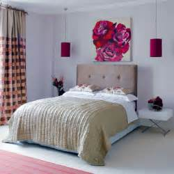 tips small bedrooms: photo of small bedroom design and decorating idea biege and roses
