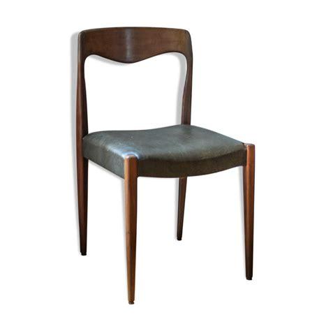 chaises en teck chaises en teck et skai mes petites puces