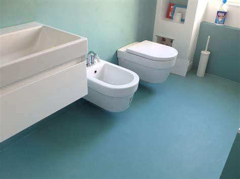 pavimenti in resina bari bagni monocolore opaco bari topcreation pavimenti in