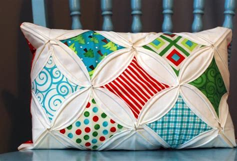 cathedral quilt block pillow cover