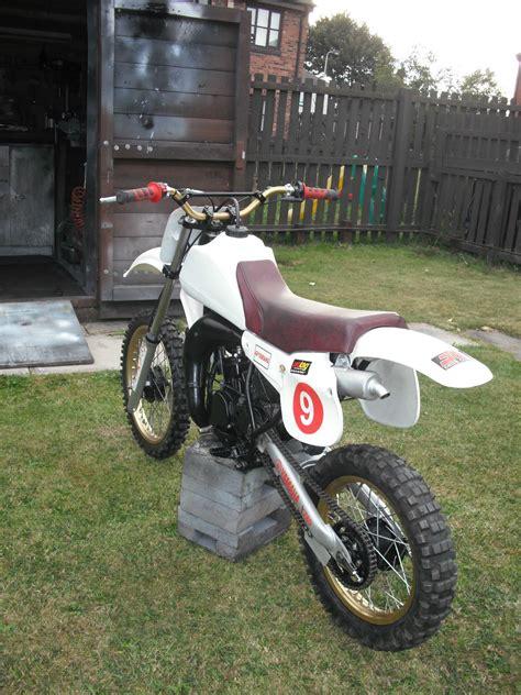 motocross bike makes motorcross bike