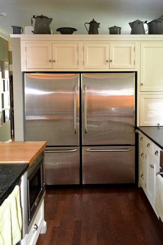 how the two fridges look like one commercial fridge - Two Fridges In Kitchen