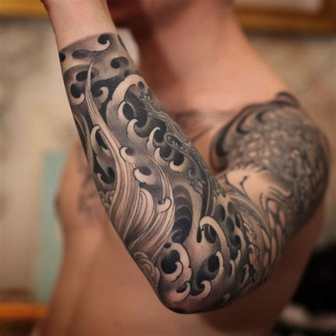 tattoo tribal kol dövmeleri m 225 s de 1000 ideas sobre tatuajes de olas japoneses en