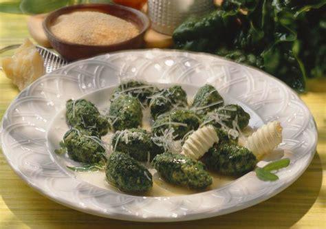 come cucinare gli spinaci come cucinare gli spinaci