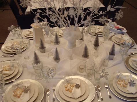 28 winter tablescape decorating ideas winter tablescape decorating ideas 1000 ideas about