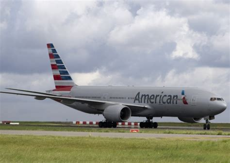 united airlines american airlines american airlines eyes edinburgh new york flights the