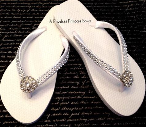 Best 25  Wedding flip flops ideas on Pinterest   Dancing