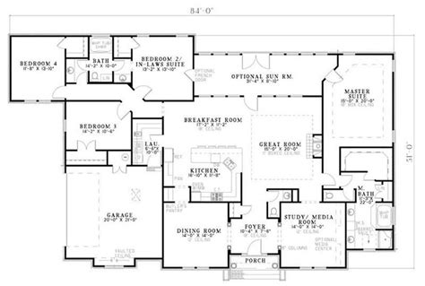 house floor plans with inlaw suite country in law suite traditional house plans home