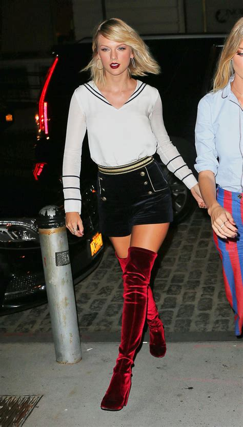 taylor swift red velvet thigh high boots newhairstylesformen2014 com taylor slays at tommy hilfiger show at nyfw spinsouthwest