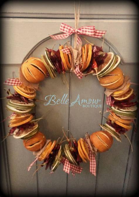 christmas wreath     belle