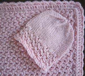 Newborn hat and blanket waves with crochet border with 4 ply yarn