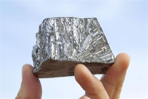 what color is zinc properties history and alloys of zinc