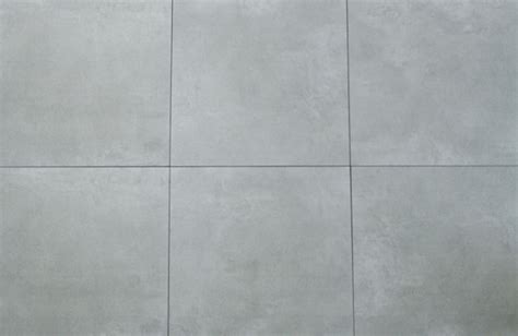 fliese feinsteinzeug grau graue fliese feinsteinzeig in gro 223 format 60x60 cm beton optik
