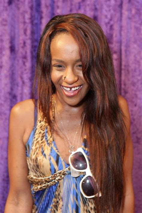 whitney houston daughter bathtub whitney houston s daughter bobbi kristina was obsessed by the fact her mum died in a