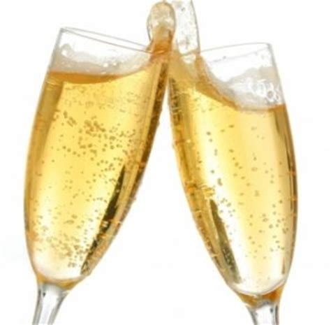 immagini bicchieri brindisi spoletonline da vincanta tante soluzioni per un brindisi