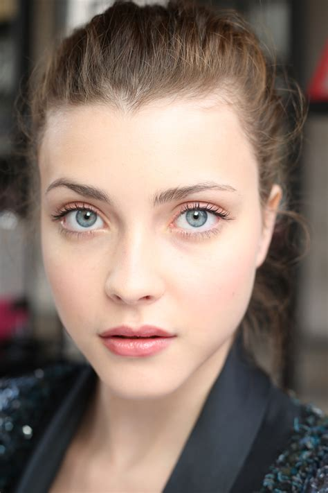 Makeup Chanel summer looks at chanel atelier and