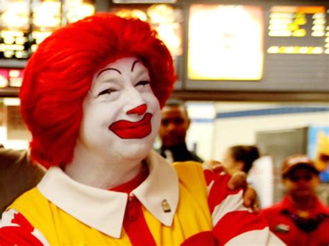 I Think Ronald Mcdonald Should Retire by Ronald Mcdonald Lures To Fatty Food Poll Ny Daily News
