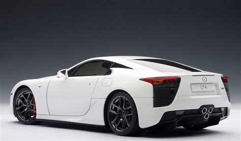 lexus lfa drawing lexus lfa die cast model by auto art lexus enthusiast