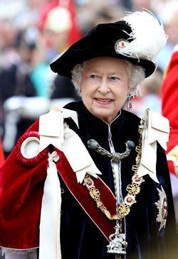 queen elizabeth ii marks historic milestone as longest queen elizabeth family tree on pinterest british royal