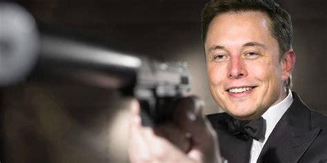 Elon Musk James Bond | elon musk putting tesla engine in james bond submarine