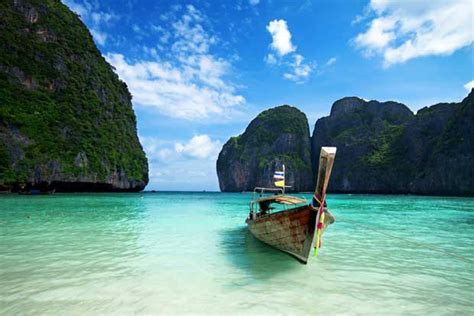 wet  thailand   rainy season sta