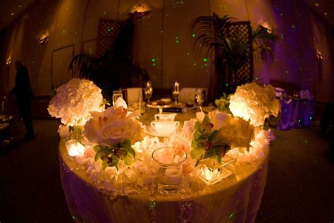 Wedding Design & Decor: Sweetheart Tables!
