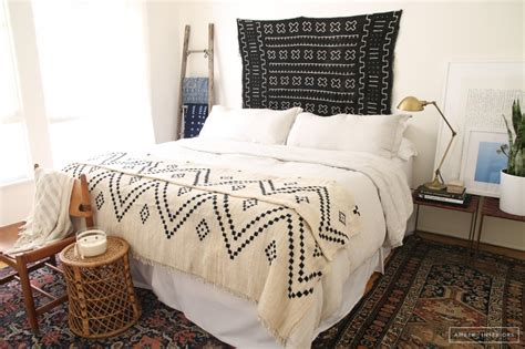anthropologie bedroom inspiration bedroom inspiration bedding and duvets weird at heart
