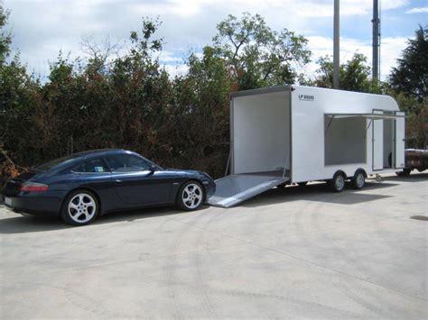 rimorchio porta auto usato rimorchio furgonato auto lf 3000 bertuola trailer srl