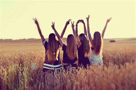 Beautiful Blogging Friends 2 by Weheartit Image 875534 By Awesomeguy On Favim