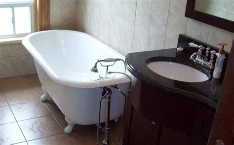 refinish bathtub cost how much does a bathtub refinishing cost de lune com