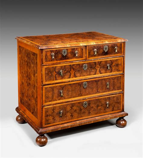 Antique Chests Of Drawers by Antique William And Oyster Chest Of Drawers