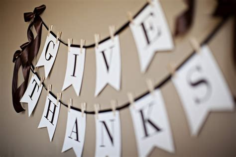 printable banner give thanks give thanks thanksgiving printable everyday party magazine