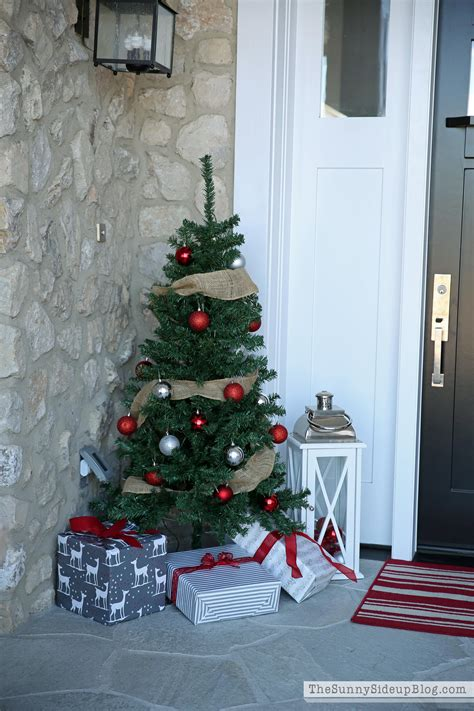 Front Porch Christmas Trees | christmas front porch the sunny side up blog