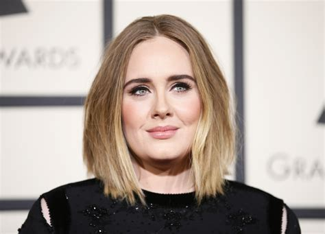 adele biography hello adele tour singer offers to refund fans scammed by 163