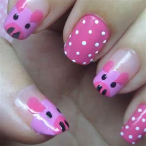 Miss Piggy Nail