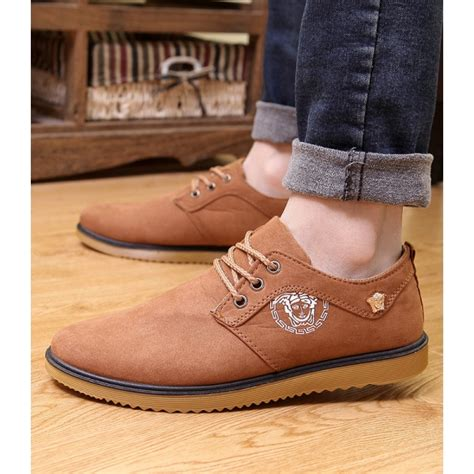 Sepatu Slip On Versace D5887 sepatu casual versace adanih