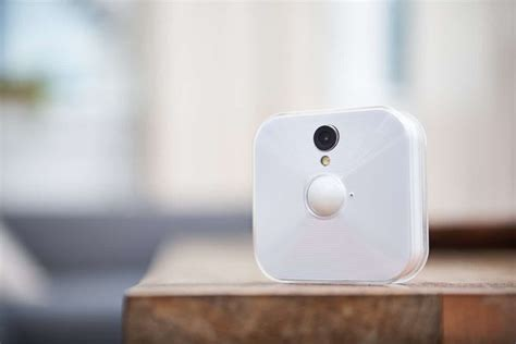 blink home security cameras are wire free and work with
