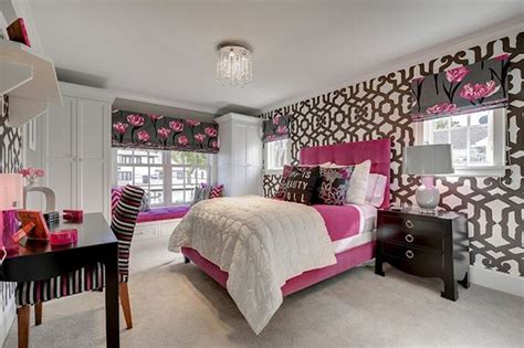 15 captivating bedrooms with geometric wallpaper ideas 20 trendy bedrooms with geometric wallpaper designs home