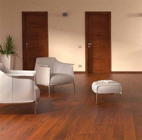 pavimenti scuri oltre 25 fantastiche idee su pavimenti in legno scuro su