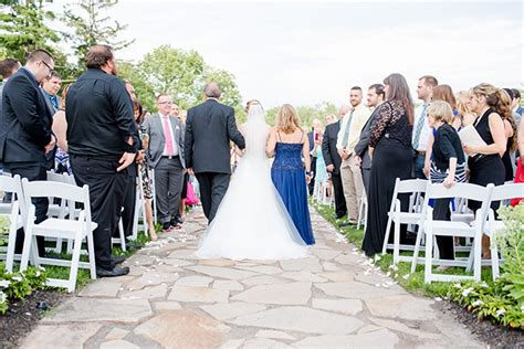 New Wedding Aisle Songs by Walk The Aisle To The Wedding Processional Song