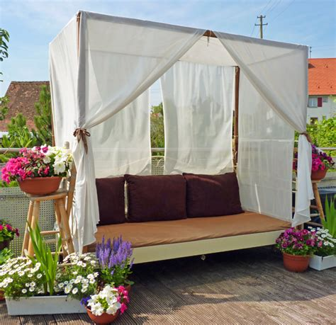 Outdoor Canopy Beds outdoor porch bed diy canopy beds ideas for romantic