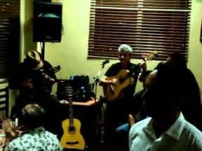 pajaro chogui  la galopera charango quena guitarra  cajon peruano youtube