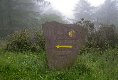 a pilgrim s guide to the camino finisterre santiago a pilgrims guide to the camino de santiago st jean